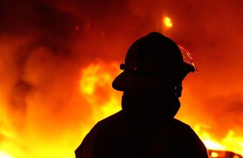 خبرنگاران 6 نفر از حریق آپارتمان مسکونی در شاندیز نجات یافتند