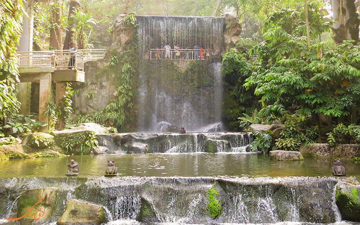 باغ پرندگان کوالالامپور، بزرگترین باغ سرپوشیده پرندگان در جهان