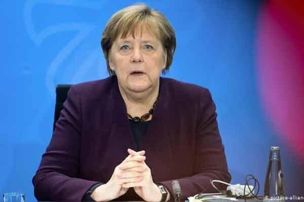 مقررات سخت آلمان برای کنترل کرونا ، سفر، دید و بازدید و رستوران رفتن تعطیل!