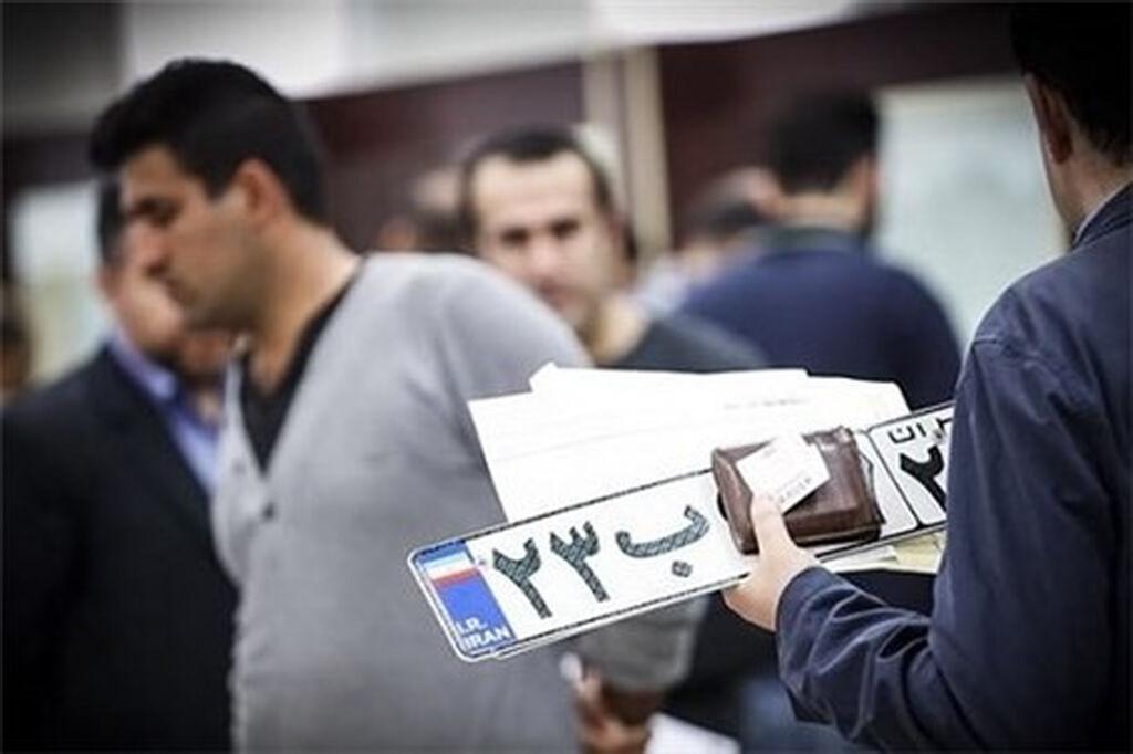 خبرنگاران آرامش در مراکز شماره گذاری خودرو زنجان در سایه تدابیر لازم