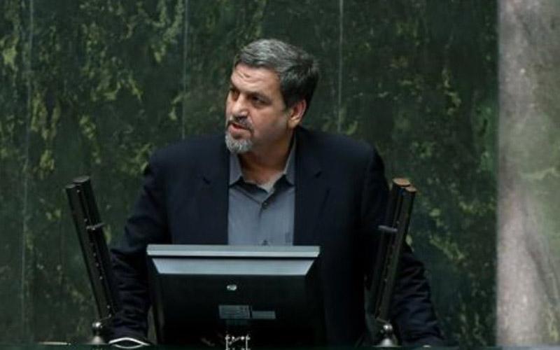 مردم اموالشان را برای سرمایه گذاری در بورس نفروشند