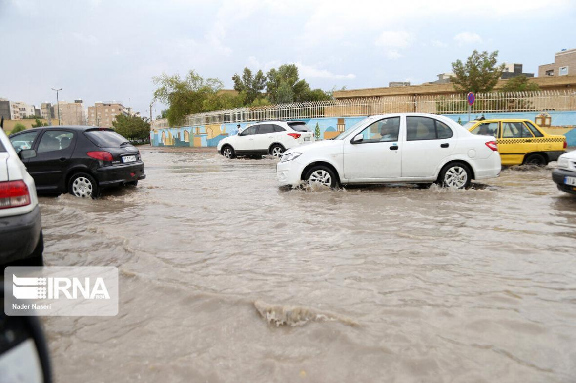 خبرنگاران آماده باش دستگاه های امدادی سواحل مکران برای مقابله با توفان و باران