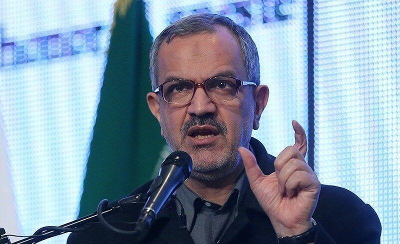 خبرنگاران شهرداری تابلو راهنمای کتابفروشی های تهران را نصب کند