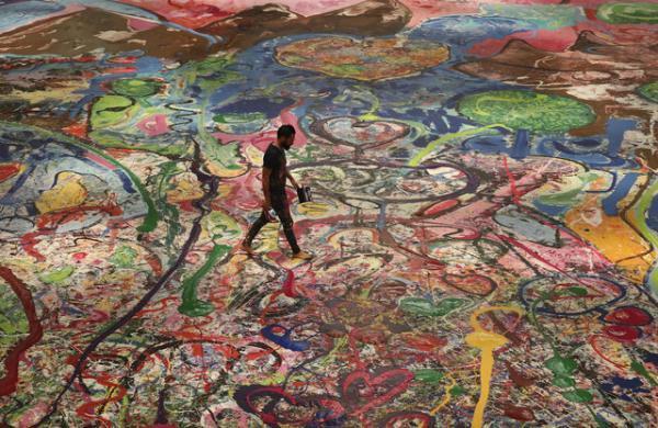 سفر انسانیت، بزرگ ترین نقاشی جهان فروخته شد خبرنگاران
