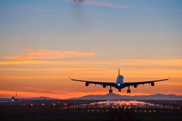 کرونا کدام پروازهای خارجی را ممنوع می نماید؟