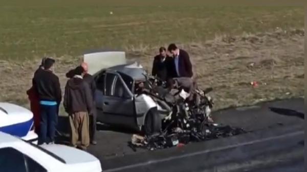 تصادف و برخورد وحشتناک دو خودرو در محور سقز به بوکان