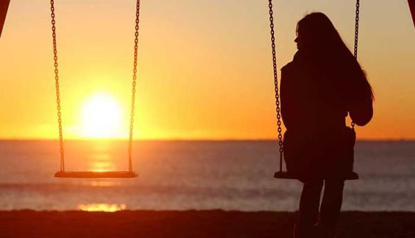 23 شعر و متن در خصوص تنهایی و احساس بی کسی