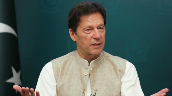 عمران خان: برای صلح افغانستان همه کار می کنیم